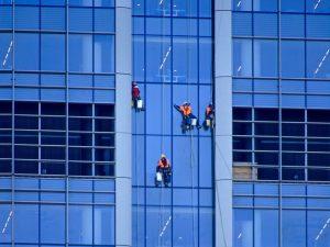 Laveurs de vitres cordiste